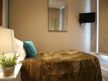 Single room-Basic-Shared Bathroom