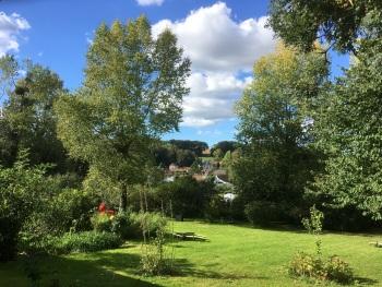 Jardin vue sur le village