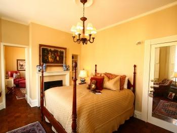 The Granny Smith Suite