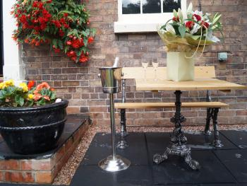 The Foundry Masters House - Outside seating area