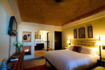 Guerrero Room