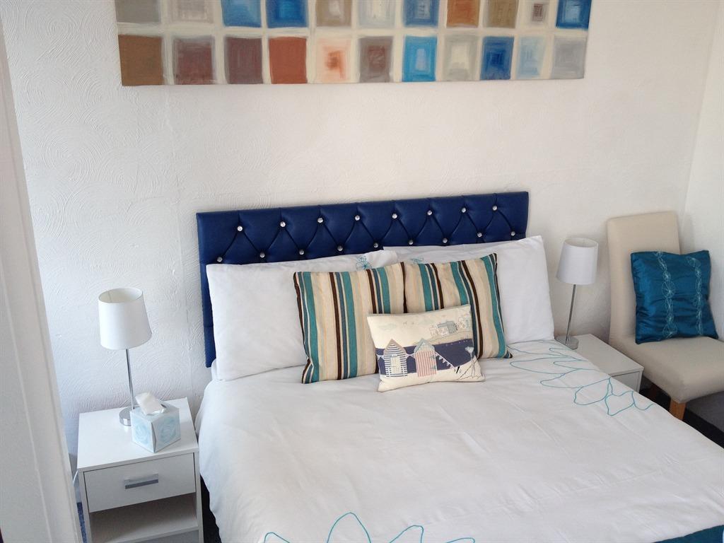 Single Room-Shared Bathroom-Sea View-Balcony (1st Floor)