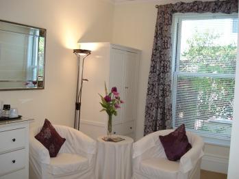 Kingsize  Room  - ground floor- en-suite