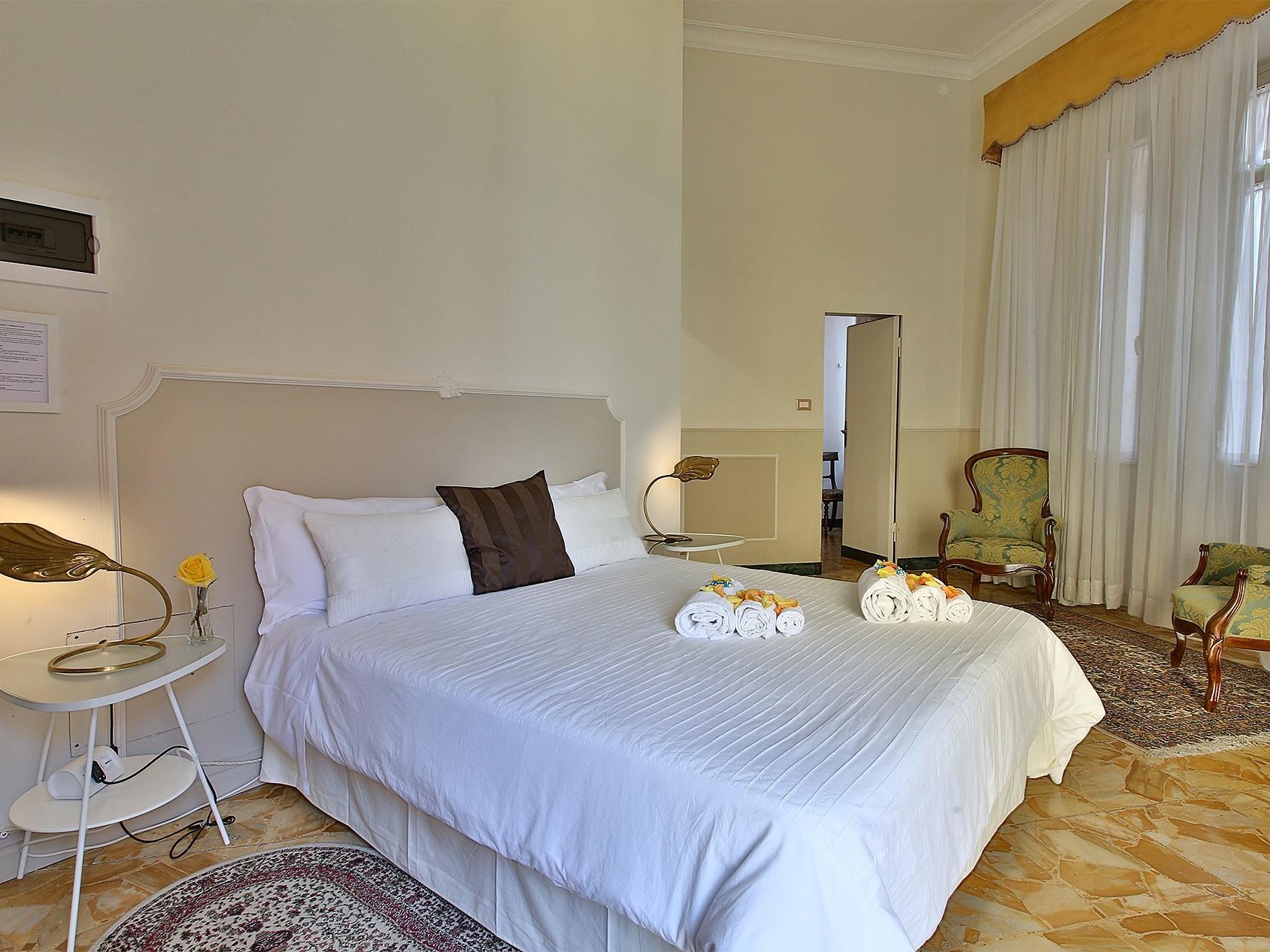 Suite-Suite-Suite-Bagno in camera con doccia-Balcone