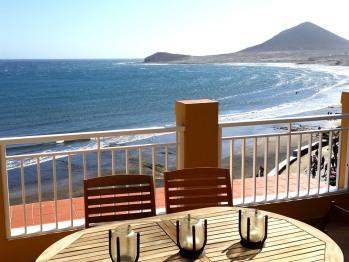 Magnific 3 bedroom penthouse Beachfront in El Medano