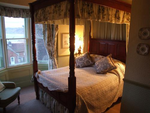 The elegant bedrooms are individually decorated and all have on-suite bathrooms