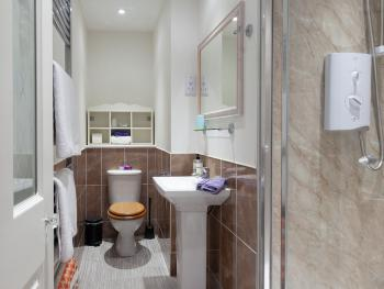 Deluxe King ensuite