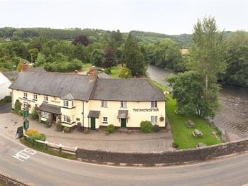 The Anchor Inn alongside the River Exe