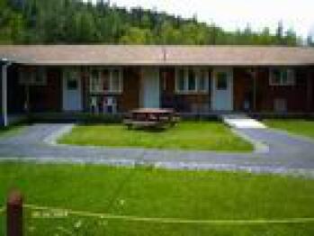 #4 Motel -Standard-Cabin-Ensuite - Base Rate