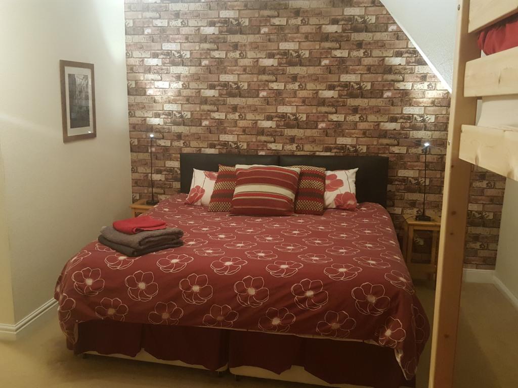 Room 4 Family en-suite