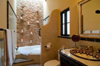 Oaxaca Room Bathroom