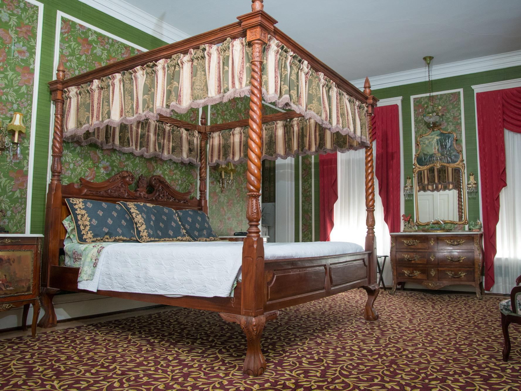 King-Ensuite-Presidential-The President's Room - Base Rate
