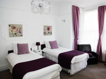 Mayview Guest House - Twin Ensuite