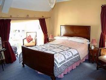 Double room-Ensuite-Plum Room