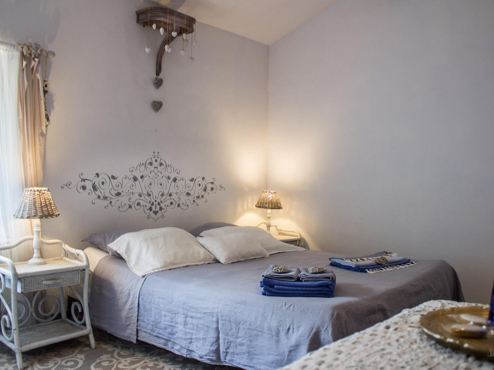 Chambre Bleue Double Romantique Douche Vue sur Jardin