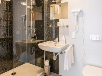 Badezimmer Queennsize