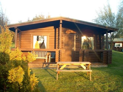 1 bedroom log cabin