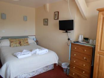 Double room-Ensuite with Shower-Small Room