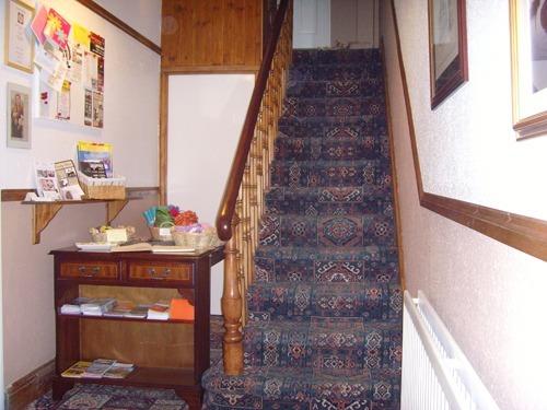 Ellies Guest House - Reception Area