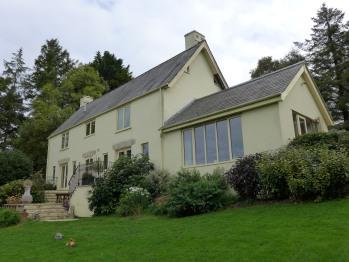 Pyle Guest House -