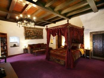 Castle Levan B&B - Laird's Bedchamber