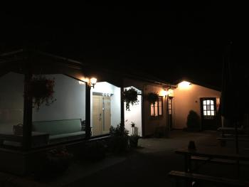 Llangeview Lodge - Outside Dark