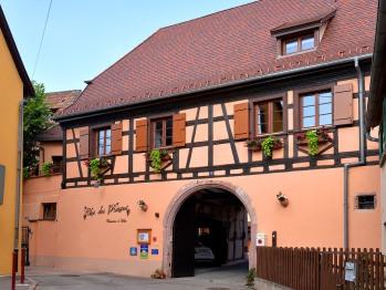Vue du Clos des Raisins de la façade coté entrée
