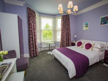 Double room-Ensuite with Shower-Mountain View-Studio 3