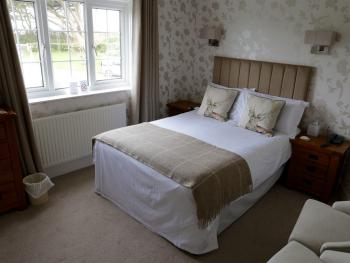 Double room-Standard-Ensuite-Country View