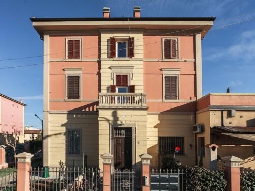 Letto Matrimoniale A Bologna.Sant Orsola Suites Apartments Bologna Italy Toproomscom