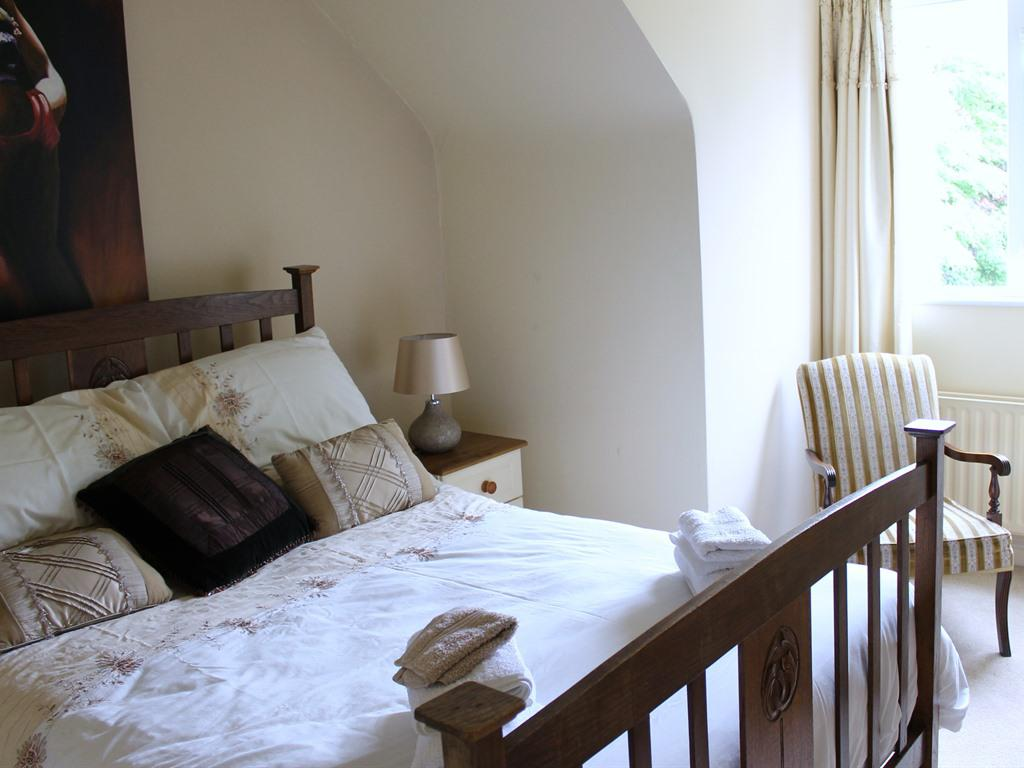Double room-Deluxe-Ensuite with Shower-Garden View - Base Rate