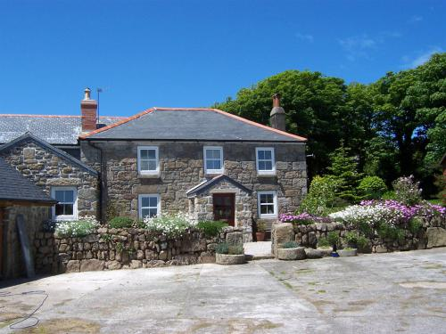Boskednan is a fine example of an 18th century granite farmhouse.