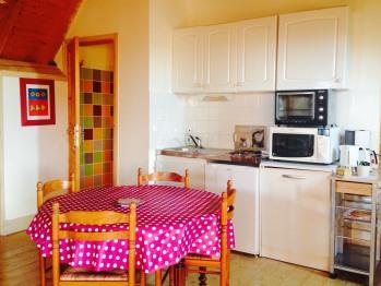 Appartement la Pinède - cuisine