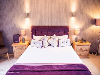 The Granary at Fawsley - Luxury King Size