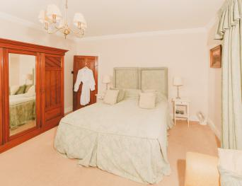 King-Ensuite-Garden Room  - B & B - Base Rate