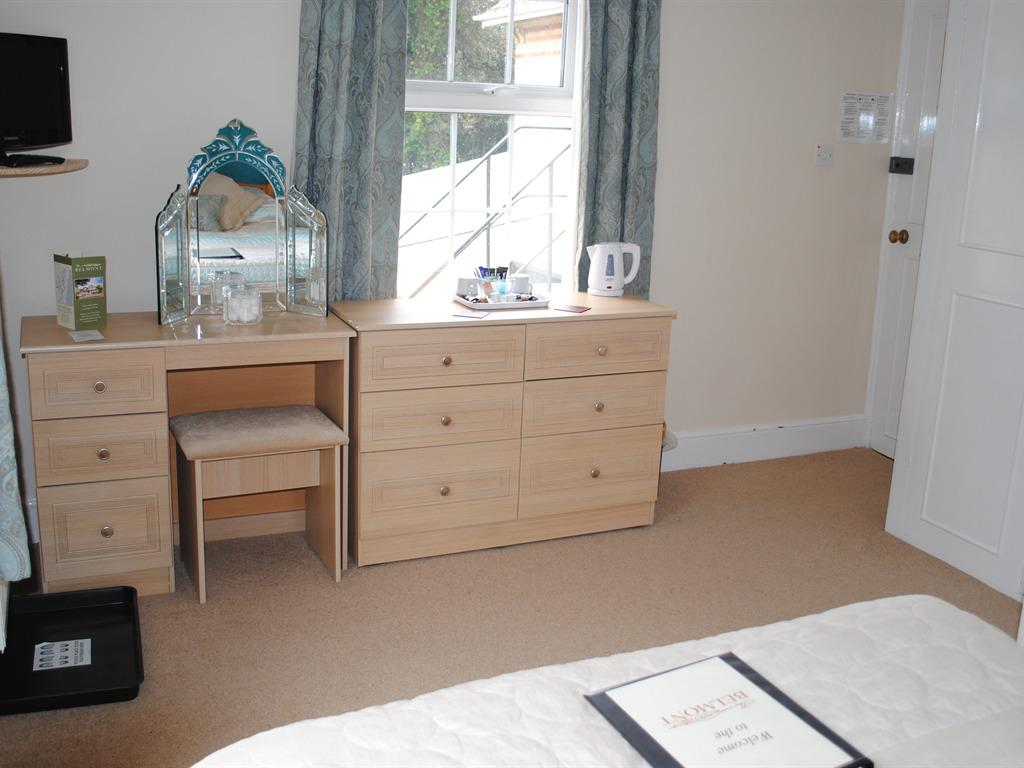 Double room-Classic-Ensuite with Bath-Garden View-Room 3