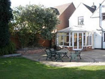 Langley Cottage Guest House -