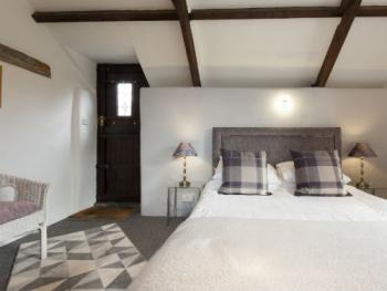 Double room-Ensuite with Shower-The Hen House