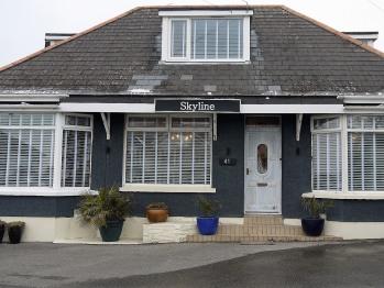 Skyline Guesthouse -