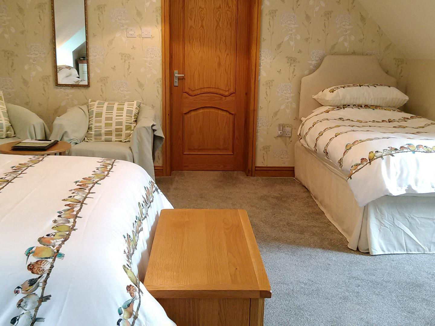 Triple room-Deluxe-Ensuite-Garden View - Base Rate