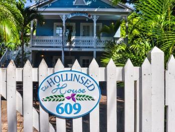 Hollinsed House