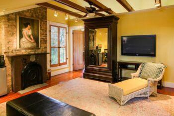 Royal Poinciana Suite's Private Den