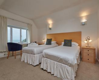Twin room-Ensuite-Sea View-Room 9