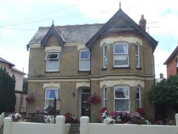 The Ryedale - Front of Guest House