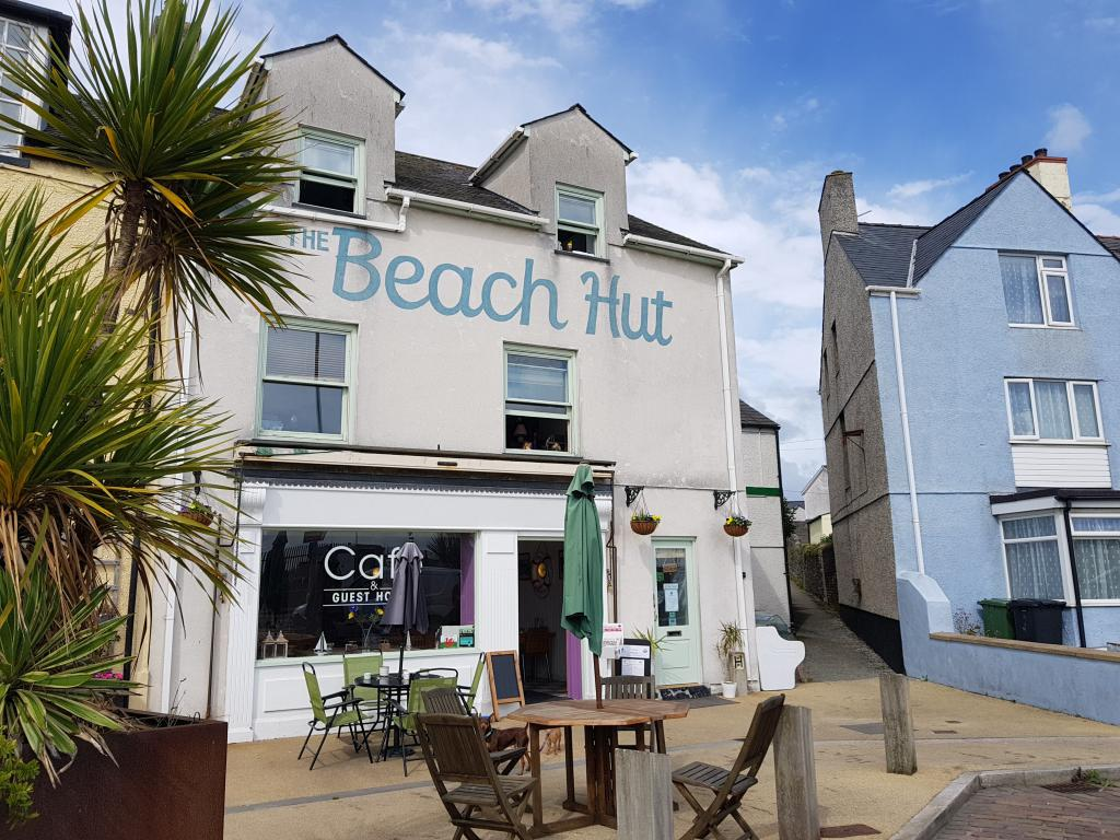 Beach Hut Cafe and Guest House