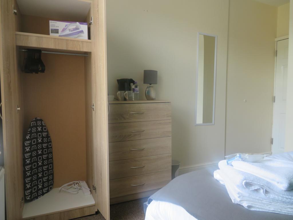 Double room-Shared Bathroom-Room 2