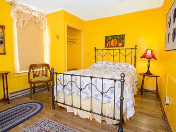 Room 21-Double room-Ensuite with Bath-Standard