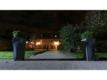 La villa Du MOULIN DE CHAMPIE en soirée