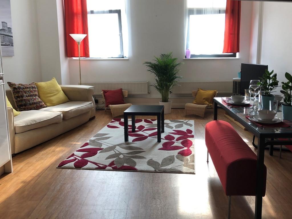 Crusader Mezzanine - Serviced Apartment in Nottingham City