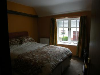Quad room-Shared Bathroom-Sleeps upto 4 persons